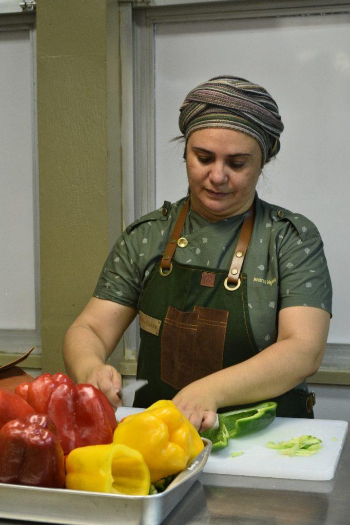 Andrea Hunka é uma das organizadoras do evento