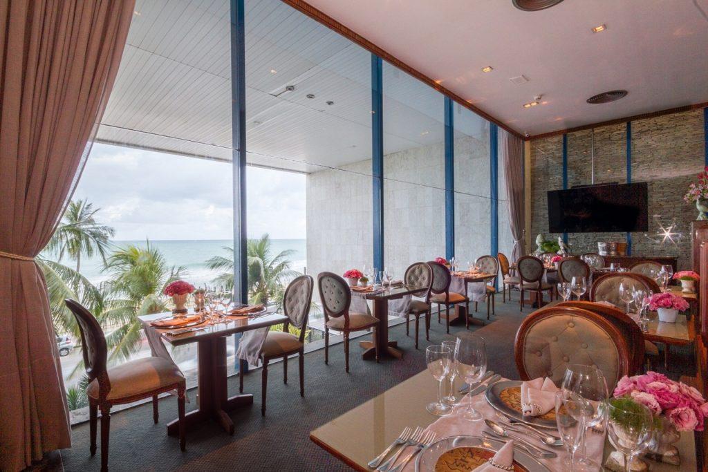 Restaurante Mirage, Atlante Plaza
