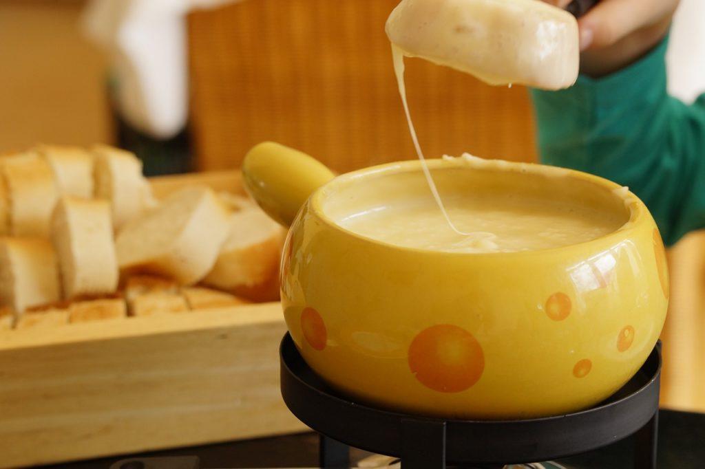 7 dicas para preparar uma fondue de queijo perfeita