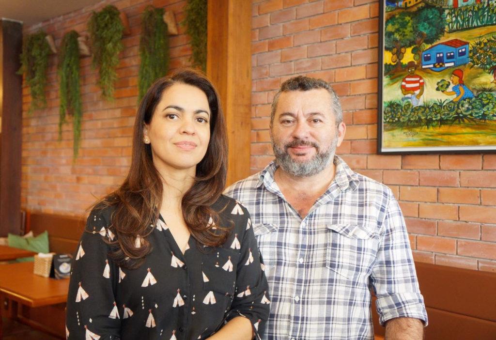 Lúcio e Silvana Lucena são os proprietários do restaurante Vó Zefinha