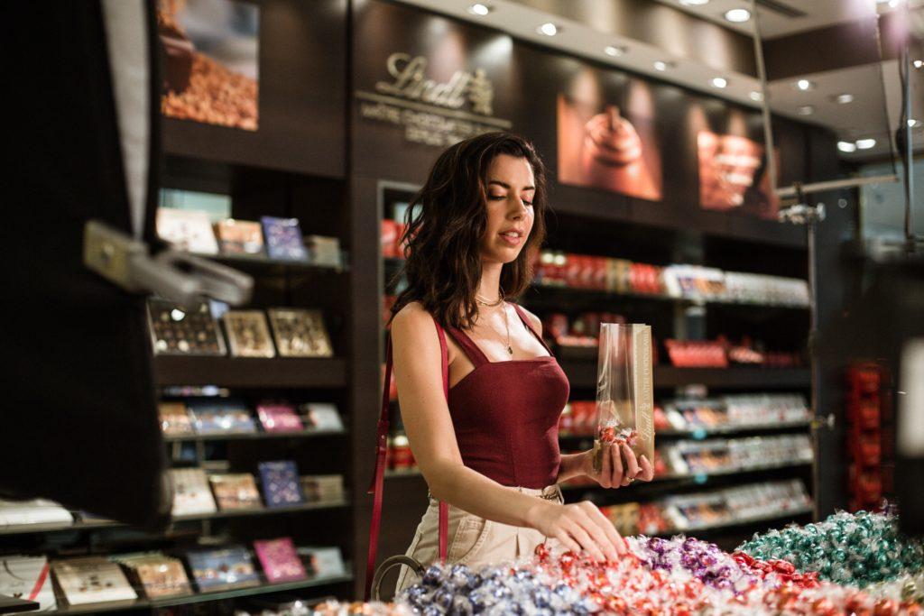 Camila diz que o chocolate tem características de luxo e também um approach mais acessível